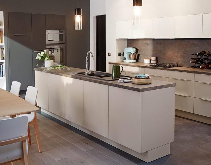 facade de meuble de cuisine avec cadre cuisine id es. Black Bedroom Furniture Sets. Home Design Ideas