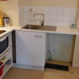 Meuble sous evier cuisine avec emplacement lave vaisselle for Evier pose sur meuble