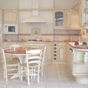 Modele meuble cuisine provencale cuisine id es de for Meuble cuisine provencale