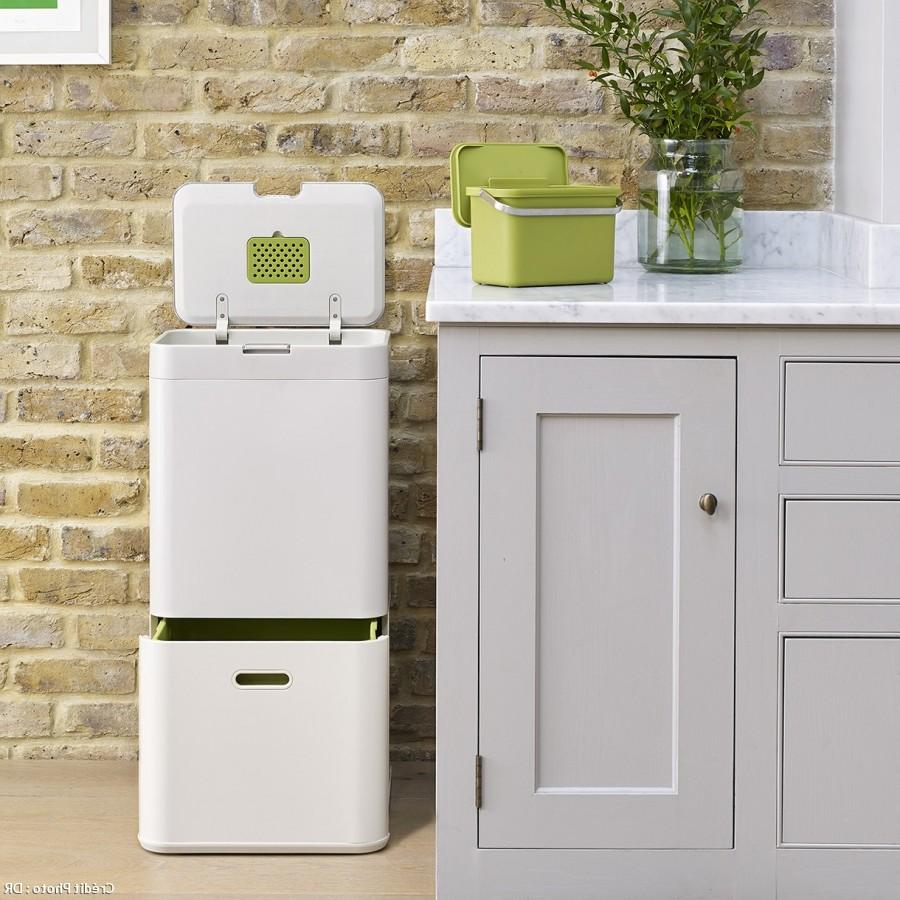 poubelle cuisine tri selectif poubelle de tri s lectif en acier inoxydable 2 compartiments. Black Bedroom Furniture Sets. Home Design Ideas