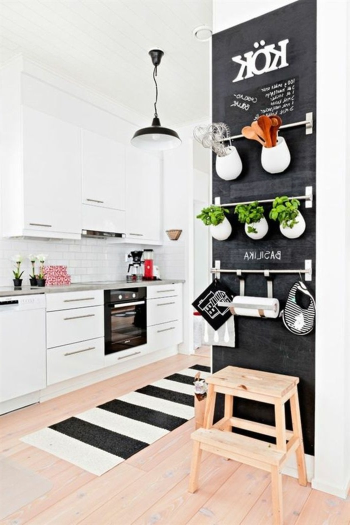 Ikea rangement cuisine gallery of astuces gain de place for Rangement interieur tiroir cuisine