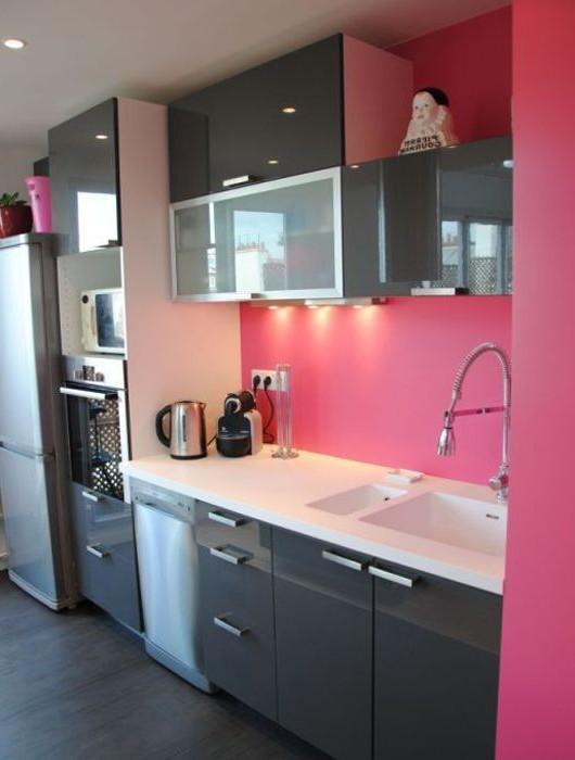 Decoration cuisine rose fuchsia cuisine id es de for Deco cuisine rose