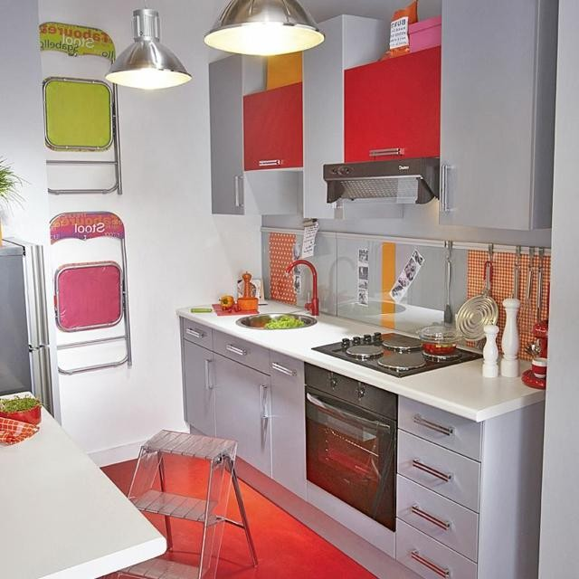Decoration de petite cuisine moderne cuisine id es de for Decoration des cuisines modernes