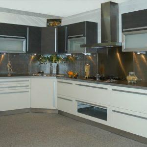 Mod le de cuisine blanche et grise cuisine id es de for Modele de cuisine blanche