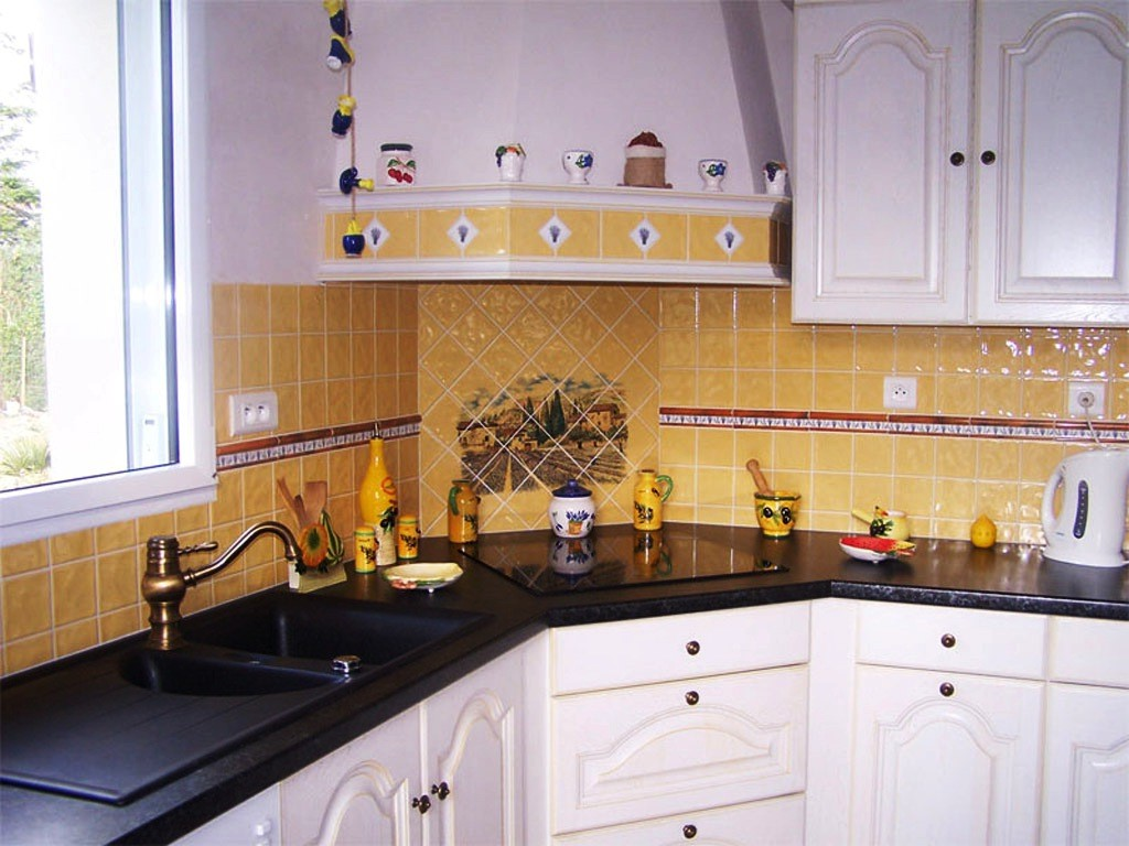 Awesome modele de faience algerie contemporary for Modele de cuisine