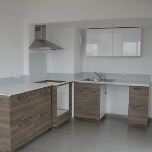 montage plan de travail cuisine d 39 angle cuisine id es de d coration de maison v9lp9bedo3. Black Bedroom Furniture Sets. Home Design Ideas