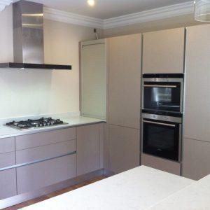 meuble bas cuisine blanc 80 cm cuisine id es de d coration de maison 56lgj67n30. Black Bedroom Furniture Sets. Home Design Ideas