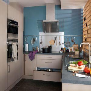 Petite cuisine am nager rangements uncategorized id es for Cuisine 6m2 ouverte