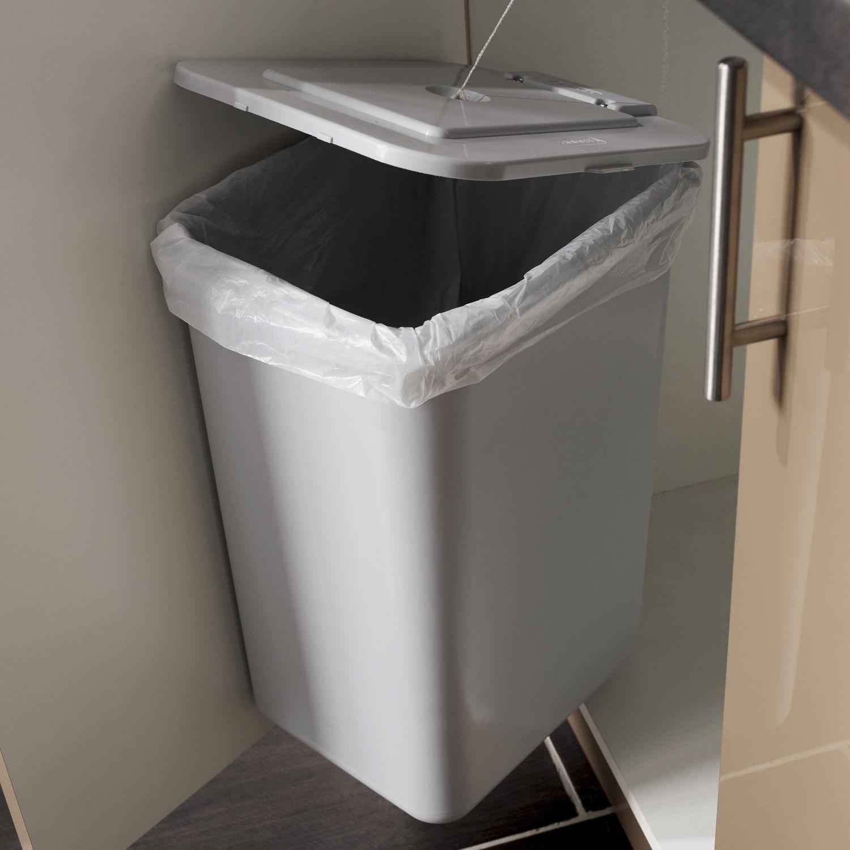 gallery of poubelle de cuisine automatique l brico depot. Black Bedroom Furniture Sets. Home Design Ideas
