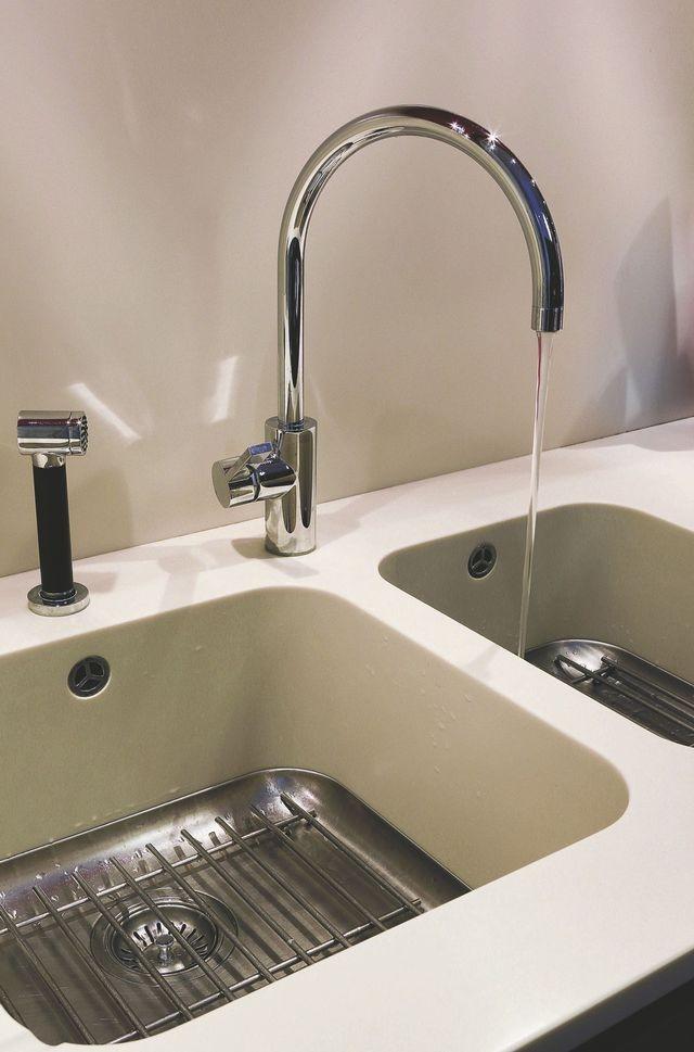 robinet cuisine pour evier inox cuisine id es de d coration de maison gqd2qgglzr. Black Bedroom Furniture Sets. Home Design Ideas