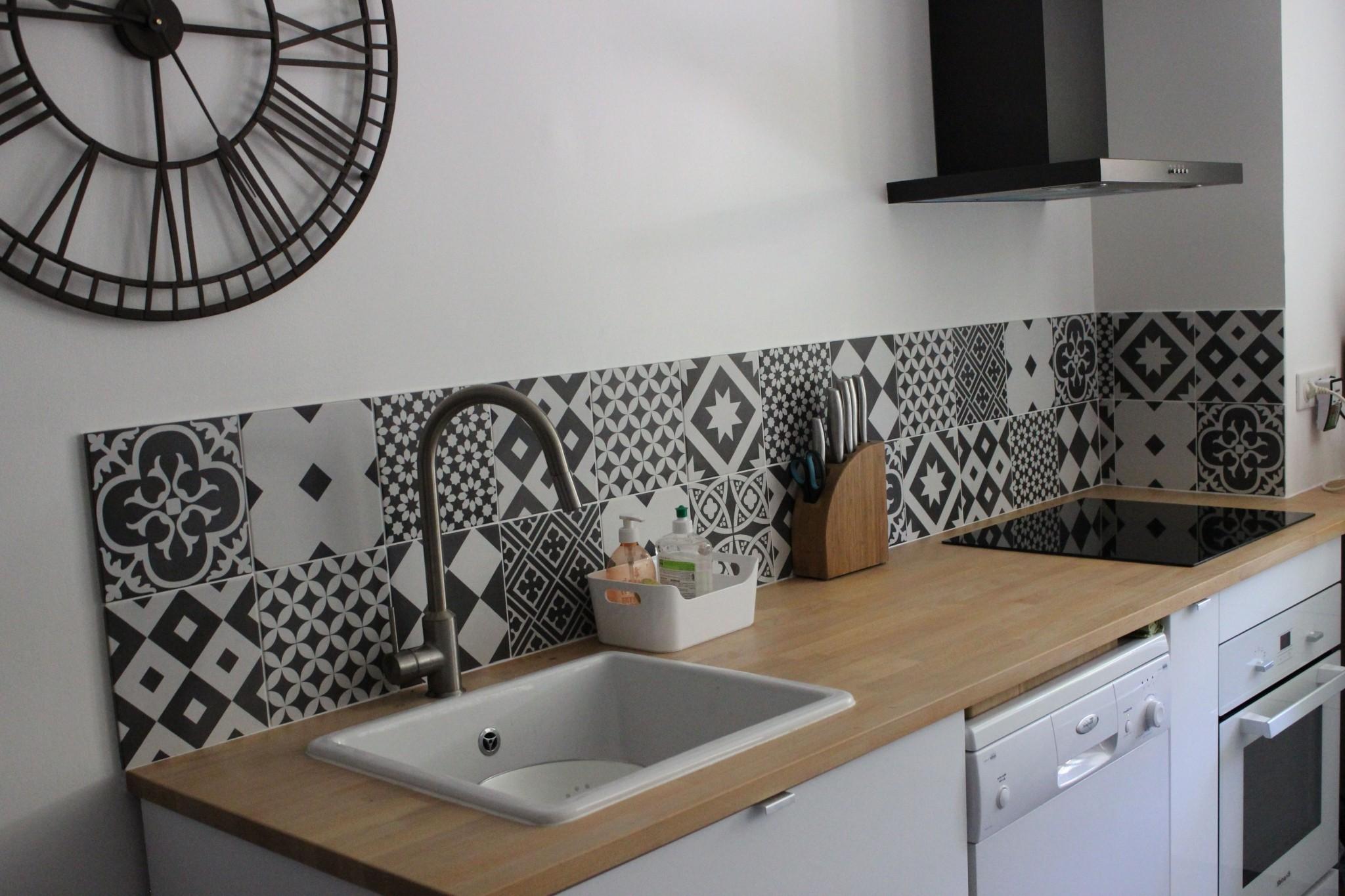 carrelage cuisine le roy merlin cuisine id es de. Black Bedroom Furniture Sets. Home Design Ideas
