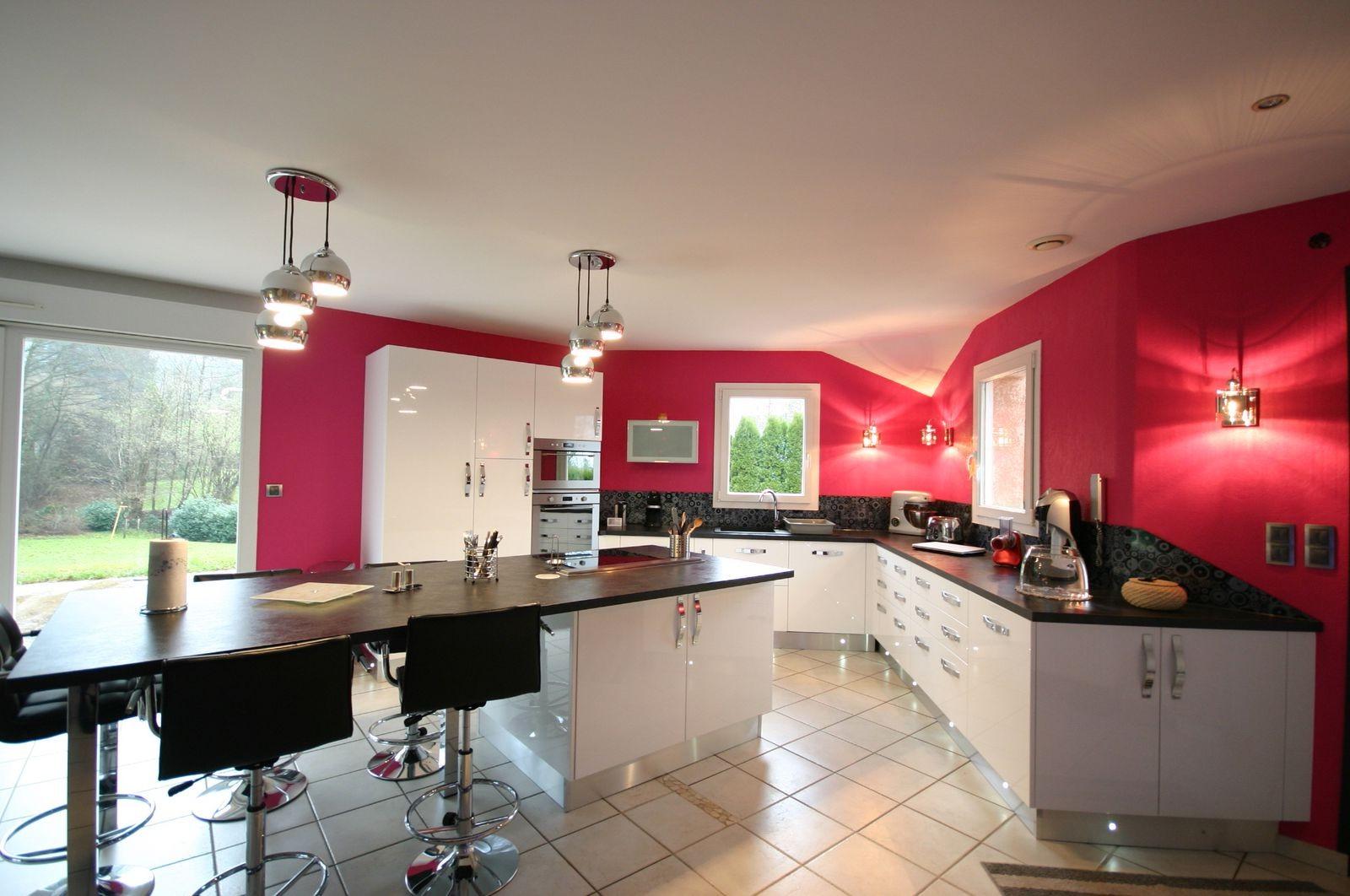 Grand meuble de cuisine moderne cuisine id es de for Meuble de cuisine moderne