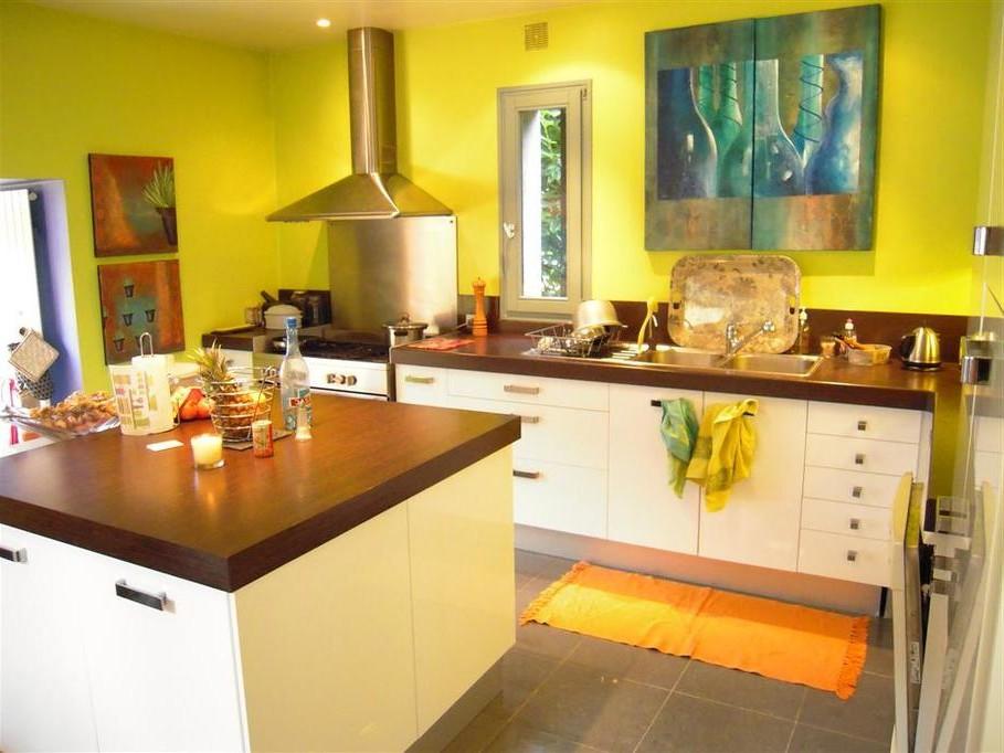 Id e d coration cuisine peinture cuisine id es de for Peinture murale cuisine lavable